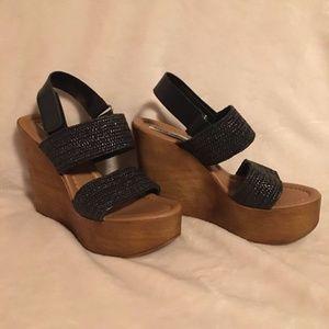 Steve Maddon Black Wedge Platform Sandals